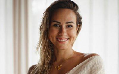 Rencontrez Chloé, leader d'empouvoirement, mentor holistique pour une vie heureuse