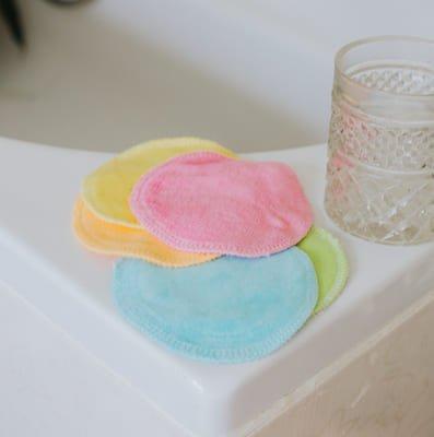 Comment laver ses cotons démaquillants réutilisables ?